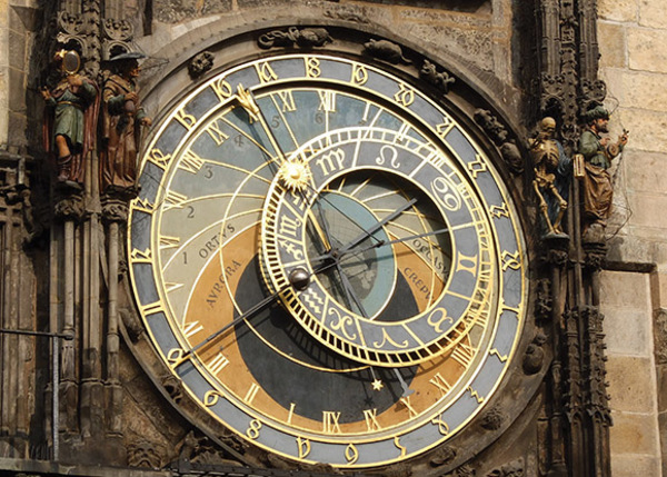 18_prague_astronomical_clock.jpg